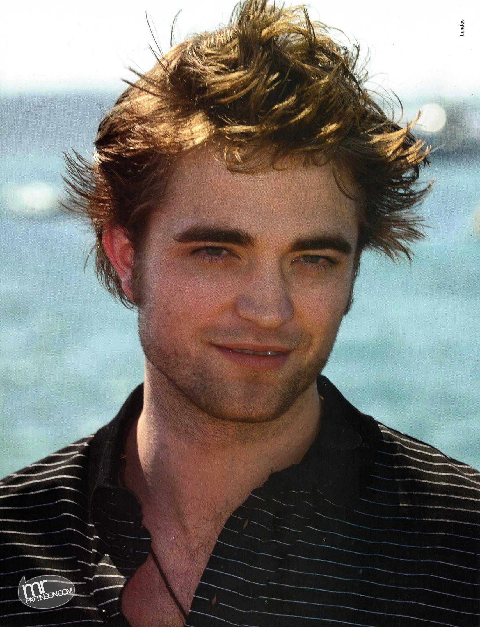 The Ultimate Vampire Tribute To Robert Pattinson