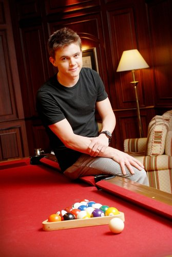 Jesse McCartney wallpaper with a billiard room, a pool table, and a poolroom called jjj
