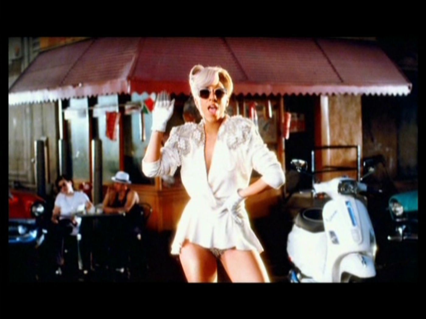 lady gaga - Eh Eh (There's nothing else I can say) - muziek video