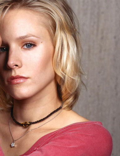 Veronica Mars achtergrond with a portrait entitled veronica mars photoshoot