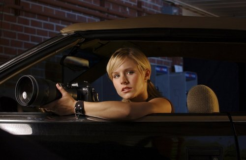 Veronica Mars দেওয়ালপত্র possibly containing an automobile called veronica mars photoshoots