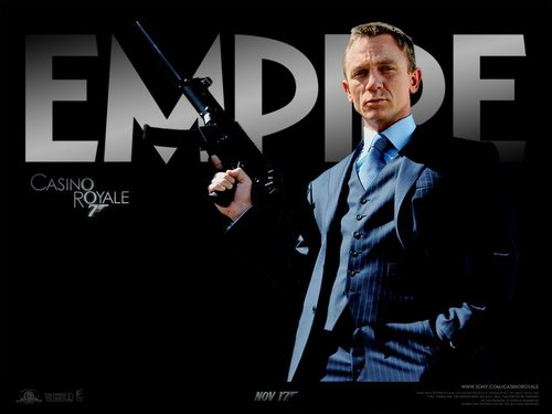James Bond fond d'écran containing a business suit called Casino Royale