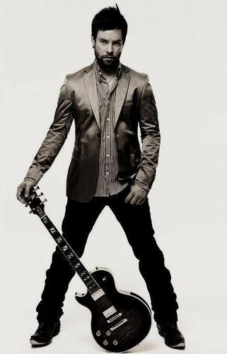David violão, guitarra 2
