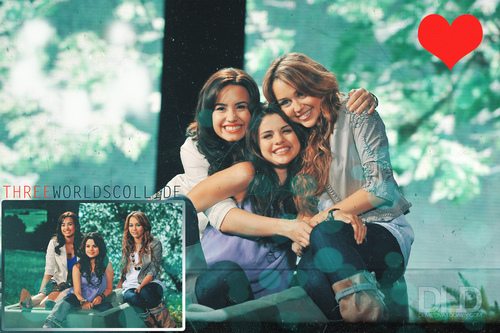 Demi & Miley & Selena wallpaper