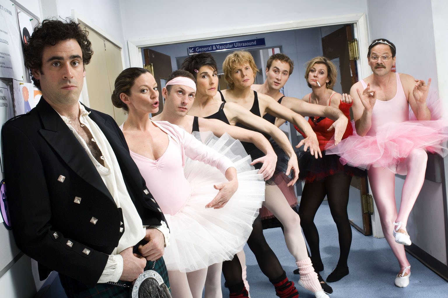 Green Wing - Green Wing Photo (9604143) - Fanpop