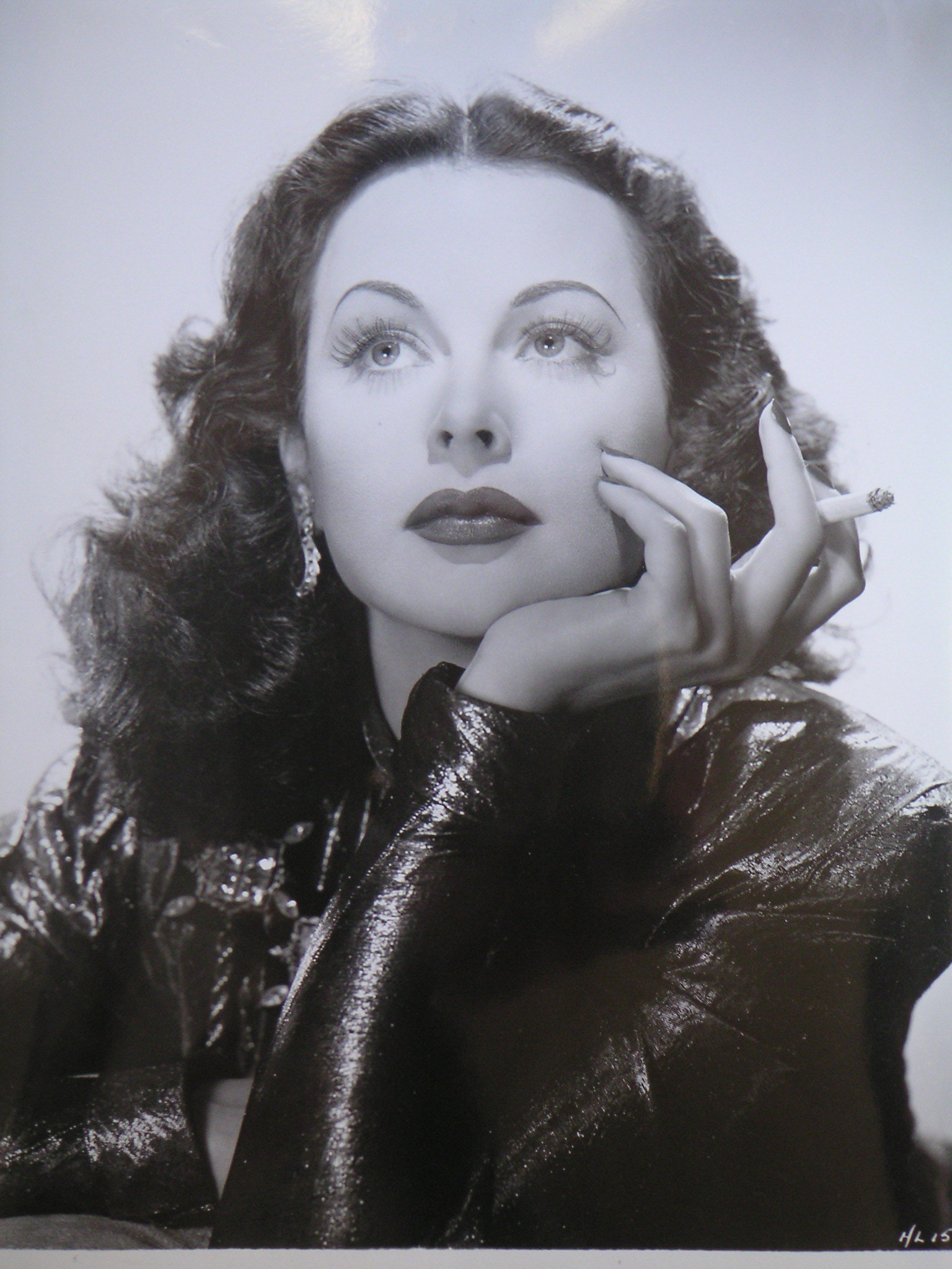 hedy lamarr Hedy lamarr was more than a beautiful actress she also was an inventor who played a role in the allies' world war ii victory google doodle honors her monday.