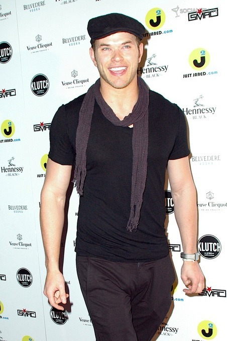 Kellan Lutz attends Klutch opening in Miami 12/29