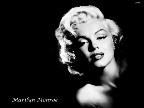Classic Movies wallpaper probably with a concert and a portrait called Marilyn
