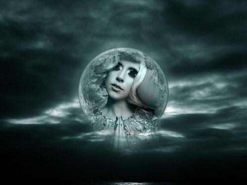 Moon Gaga