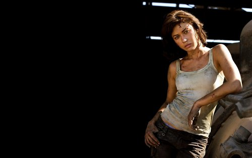 Olga Kurylenko 'Quantum of Solace' Widescreen 壁紙