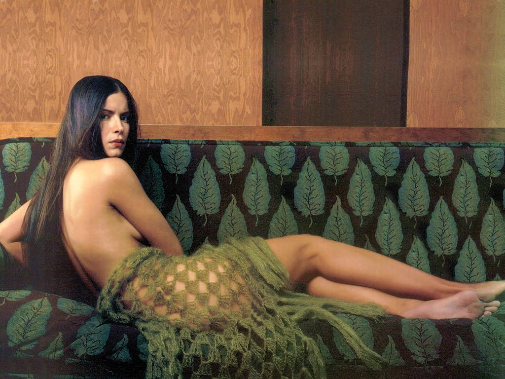 Patricia Velasquez - Wallpaper Hot