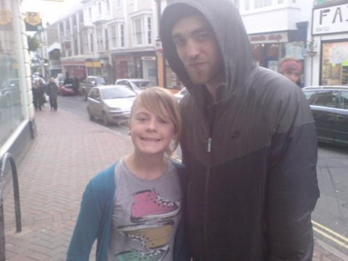 Proof Robsten in London!!!!! (26th dec 2009)