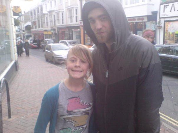 Proof Robsten in London!!!!! (26th dec 2009)