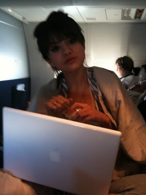 Rare pictures of Selena