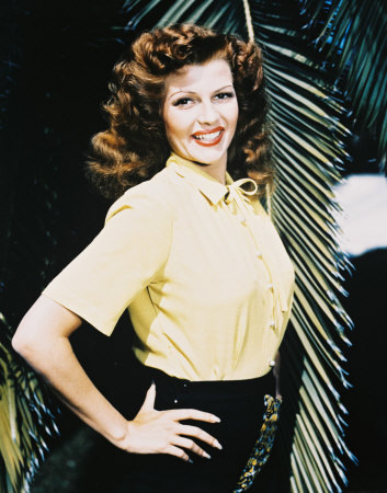 Classic Movies wallpaper probably containing a well dressed person, a cocktail dress, and a playsuit called Rita Hayworth