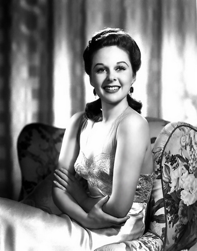 sinema bora karatasi la kupamba ukuta probably containing a bouquet and skin entitled Susan Hayward