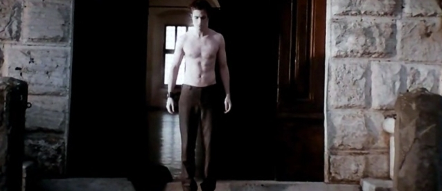 The Many Faces Of Shirtless Edward!
