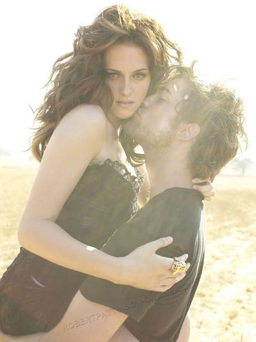 UHQ Outtakes From Vanity Fair With Robert Pattinson & Kristen Stewart