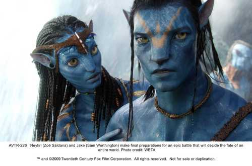 Zoe Saldana as Neytiri in अवतार