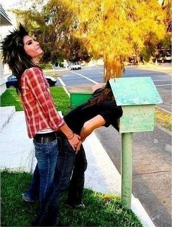 Tokio Hotel वॉलपेपर entitled fun picture of bill and tom!