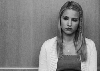 Quinn Fabray 壁紙 probably containing a portrait titled sad Quinnie