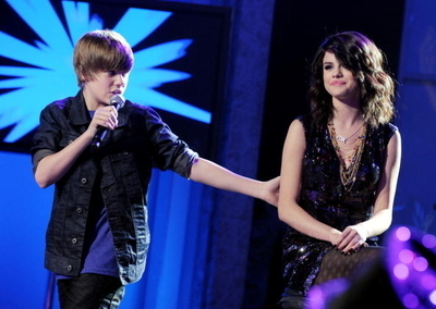 sel and justin bieber Dick Clark's New Year's Rockin' Eve
