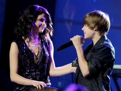 justin bieber and selena gomez  new years eve