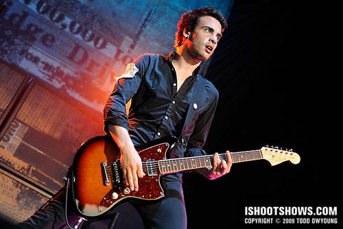 Paramore fond d'écran with a guitarist and a concert called concert PIcs