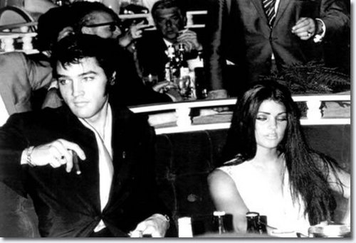 Elvis & Priscilla in Vegas!!