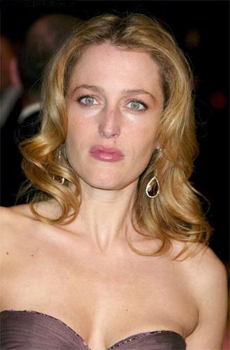 Gillian at Vanity Fair Oscar Party