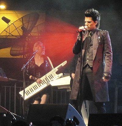 Gridlock New Year's Eve - Adam Lambert 400x414