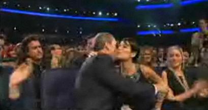 Huli baciare PCA!! *dies*