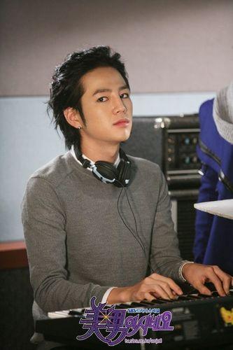 Jang Geun Seuk *YAB*