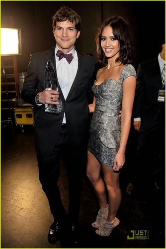 Jessica @ 2010 People's Choice Awards