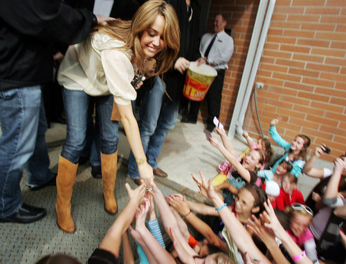 Miley Cyrus Milzz