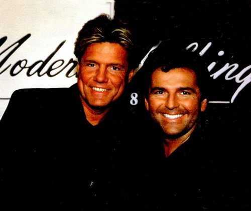 Modern Talking achtergrond containing a business suit entitled Modern Talking