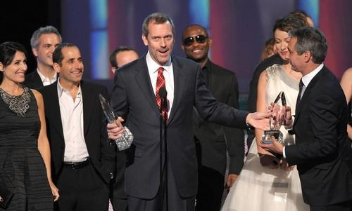 Peter Jacobson wallpaper containing a business suit and a suit titled Peter @ People's Choice Awards [January 6, 2010]