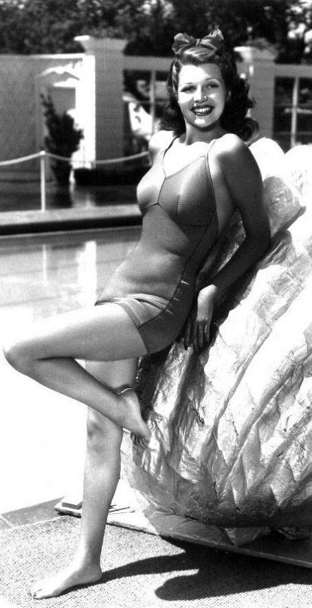 Rita Hayworth - Photo Colection