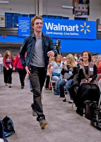 Rob Pattinson ~ random pics