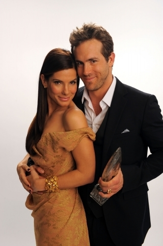 Ryan & Sandra @ 2010 People's Choice Awards