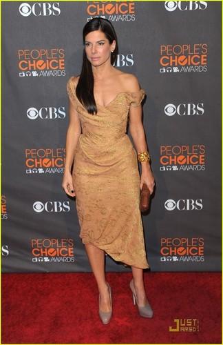 Sandra @ 2010 People's Choice Awards