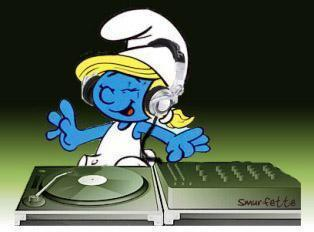 Smurfette wallpaper titled Smurfette the DJ