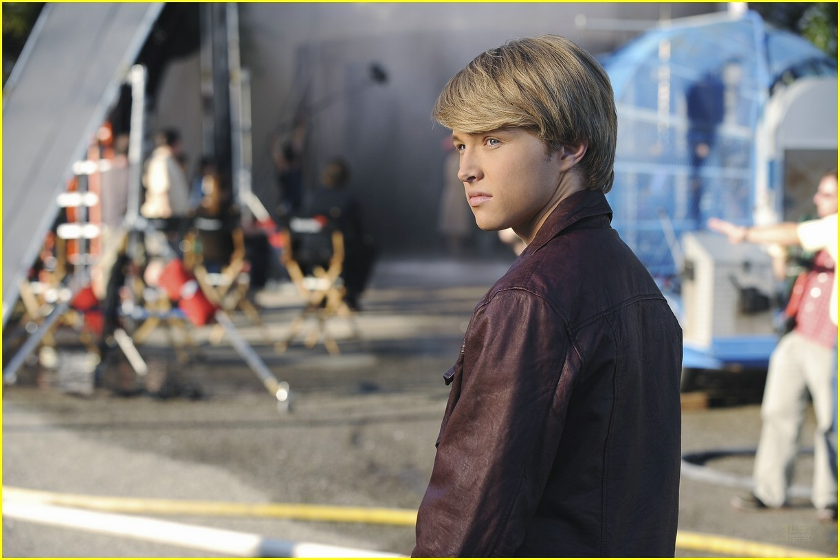 Sterling Knight - Starstruck - sterling-knight photo