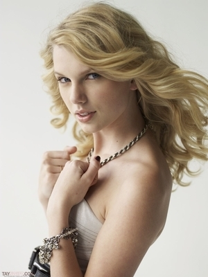 Taylor Swif, Teen vouge photoshoot 2008