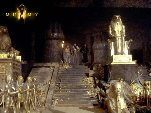 The Mummy Filme Hintergrund possibly containing a thron and a cathedra titled The Mummy