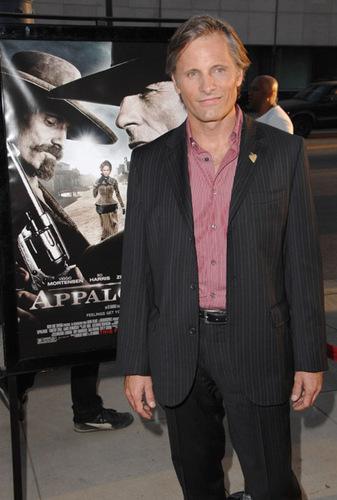 "Viggo at the ""Appaloosa"" LA Premiere"