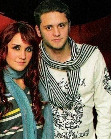 My life ( Lil´s album)  Dulce-maria-chris-dulce-maria-and-christopher-9757672-375-469