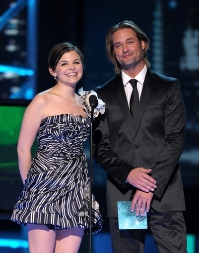 josh holloway People Choice Awards - January 6-2010