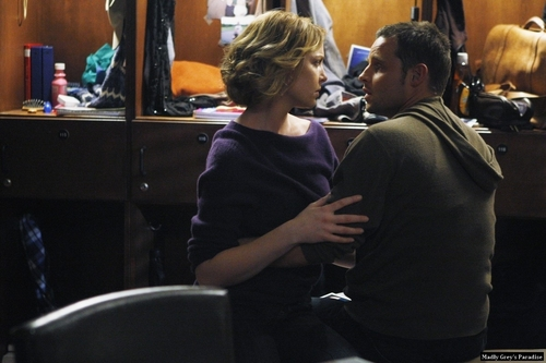Alex/Izzie - Episode 6.12 - Promotional Pics