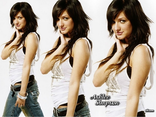 Ashlee Simpson wallpaper entitled Ashlee Pretty Wallpaper